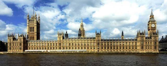 Общество: Великобритания откажется от «светофорной» системы поездок, введенной в связи с пандемией
