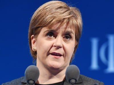 Общество: Первый министр Шотландии надеется, что Лондон разрешит провести референдум о независимости