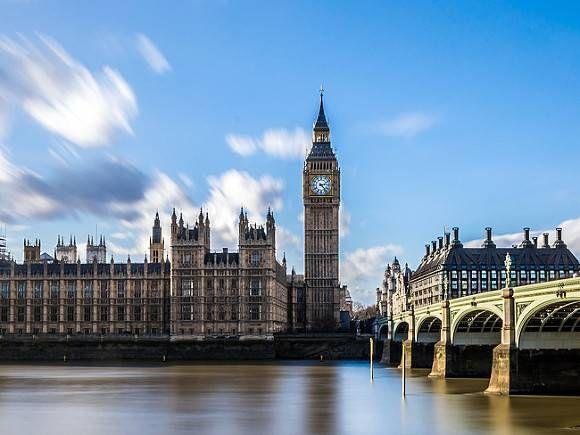 Общество: В Британии министром иностранных дел стала женщина