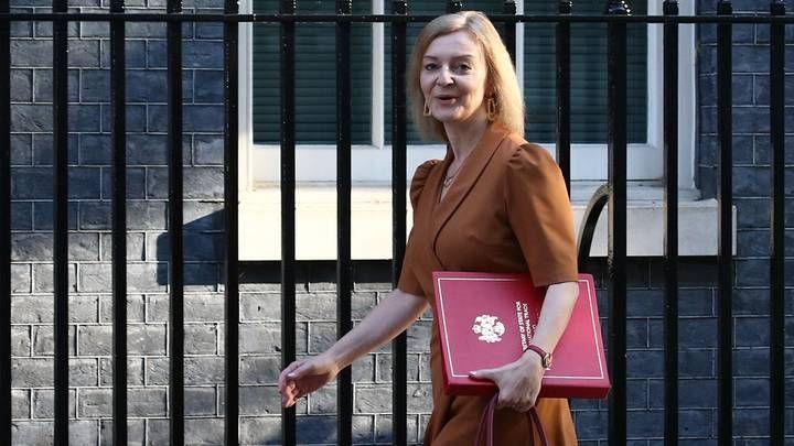 Общество: Новым главой МИД Великобритании стала Лиз Трасс