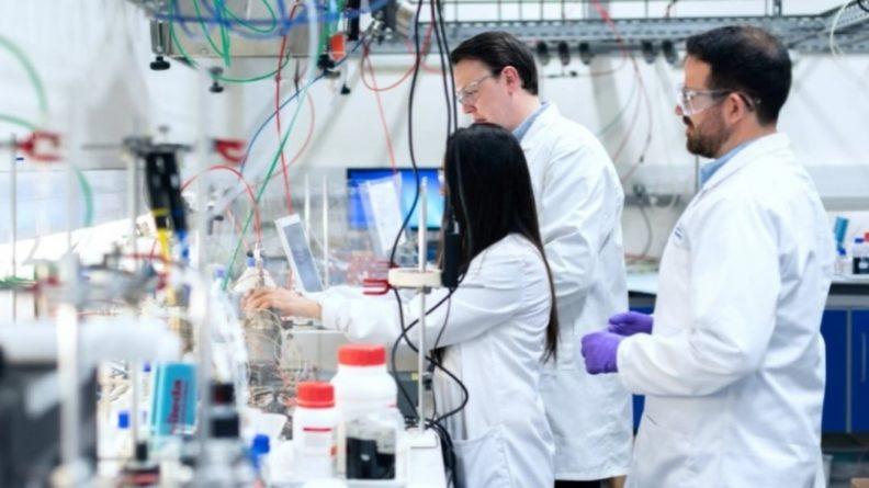 Общество: В Британии начались испытания теста, который выявляет 50 видов рака