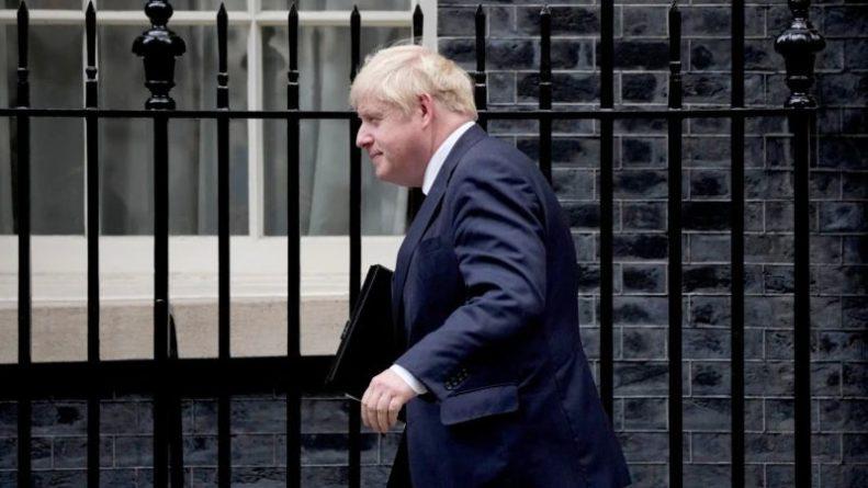 Общество: Джонсон провел перестановки в кабинете Великобритании