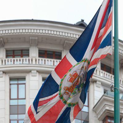 Общество: Главу МИД Британии перевели на должность министра юстиции