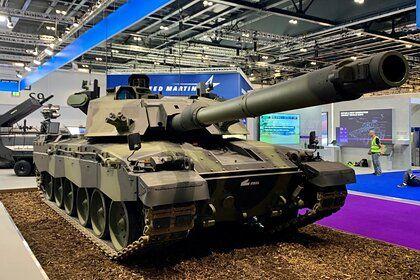 Общество: В Британии представили модифицированный танк Challenger 3