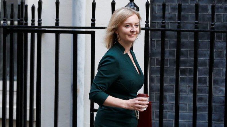 Общество: Новый министр иностранных дел Британии Элизабет Трасс отправилась в США