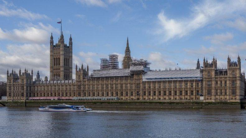 Общество: Читателей Telegraph возмутила позиция властей Великобритании по газовой политике РФ