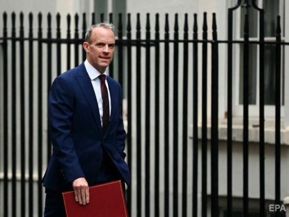 Общество: В Великобритании главу МИД перевели на должность министра юстиции. Рааба критиковали за отпуск во время эвакуации британцев из Кабула