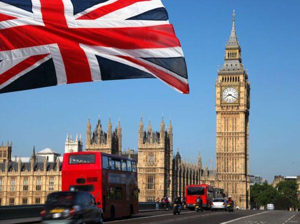 Общество: Англия ослабит правила въезда для привитых от коронавируса украинцев