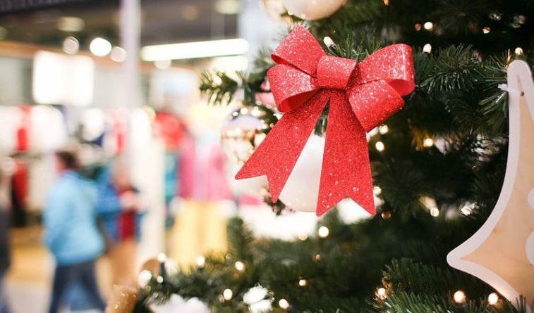 Общество: Жителей Великобритании призвали закупать продукты к Рождеству заранее