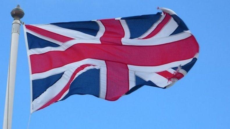 Общество: The Sun оконфузился со статьей о пустых полках магазинов Британии «из-за Владимира Путина»