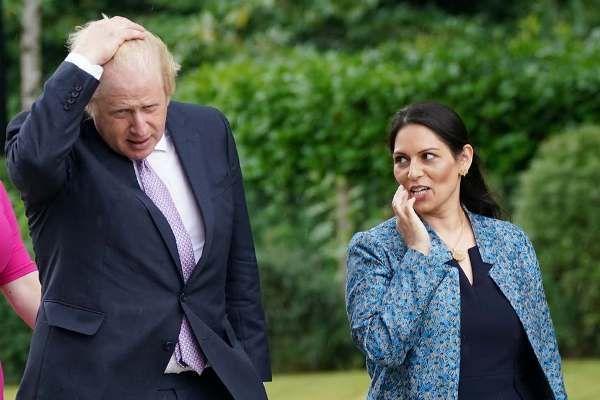 Общество: Борис Джонсон «отвратительно» пошутил над главой МВД Британии и Саудовской Аравией