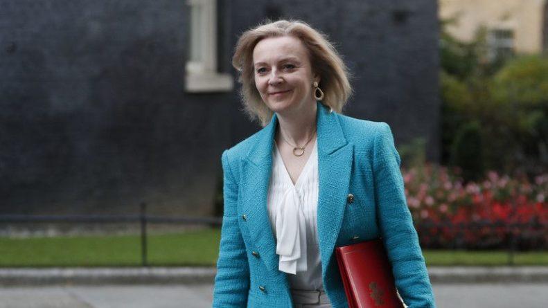 Общество: Telegraph: министр внешней торговли Британии Элизабет Трасс возглавит Форин Офис
