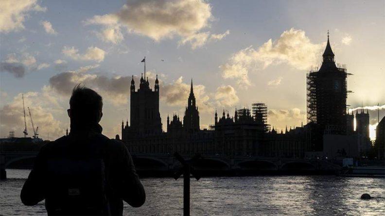 Общество: Послу Китая закрыли доступ в здание парламента Великобритании