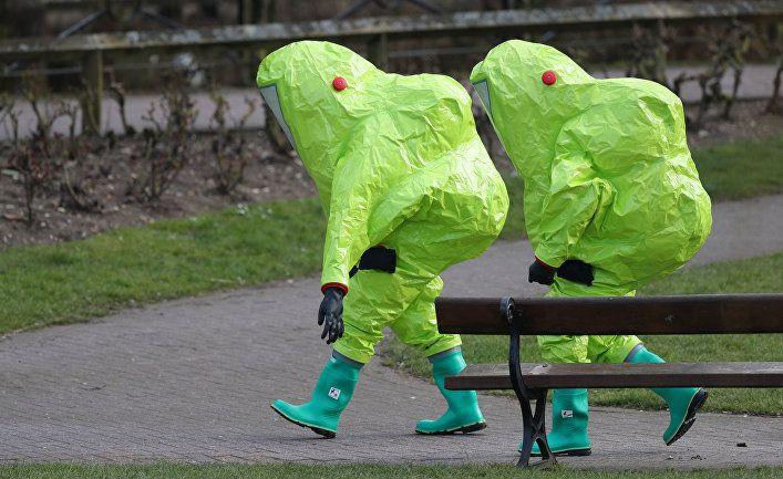 Общество: Читатели Daily Mail о третьем подозреваемом в покушении на Скрипалей: может, МИ5 уже займется людьми, которые действительно вредят Великобритании?