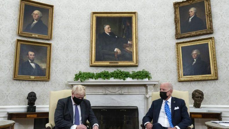 Общество: Байден и Джонсон обсудили AUKUS