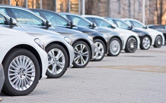 Общество: Продавцы машин хотят сменить Британию на Ирландию