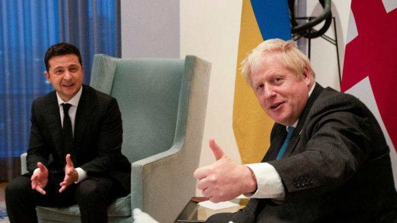 Общество: Зеленский пригласил премьера Британии посетить Украину
