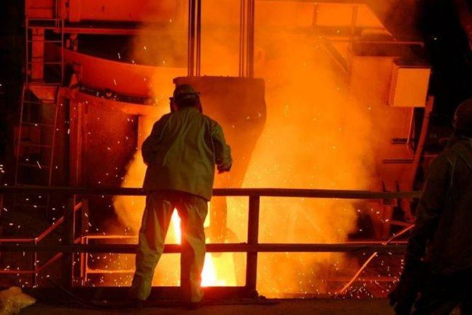 Общество: В Великобритании сворачивается производство стали из-за рекордных цен на электричество