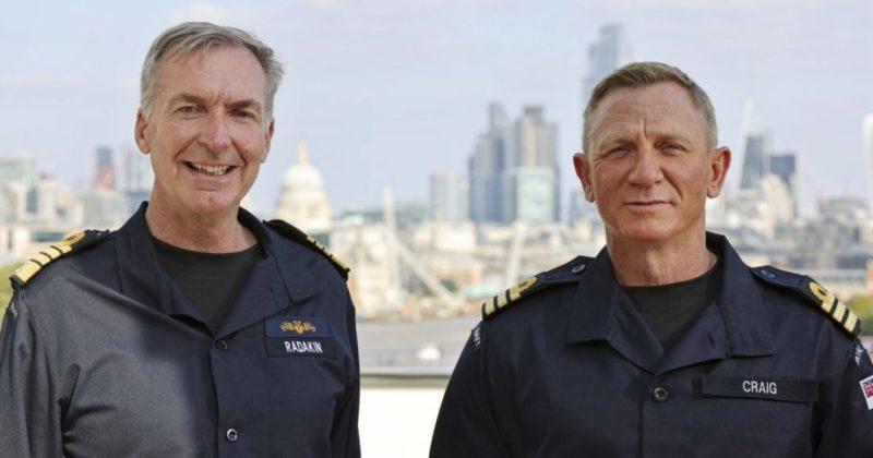 Общество: Дэниел Крейг получил такой же ранг в Королевском ВМФ Великобритании, что и Джеймс Бонд