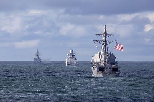 Общество: NetEase: российский военный корабль «Смольный» появился во время учений НАТО, чтобы «послать сигнал» США и Великобритании