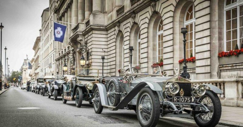 Общество: Британцы устроили гонку на 100-летних Rolls-Royce стоимостью миллионы долларов (видео)