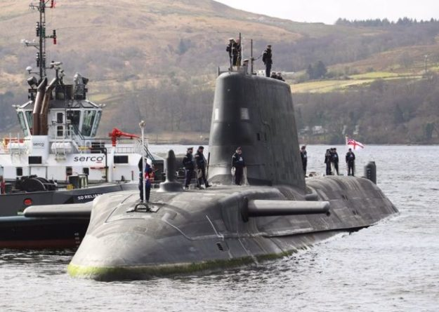 Общество: Великобритания ввела в строй самую современную атомную субмарину HMS Audacious