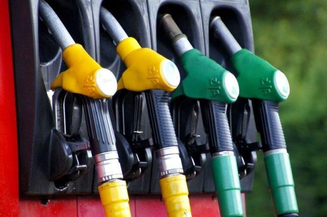 Общество: Драки на АЗС из-за дефицита бензина начались в Великобритании