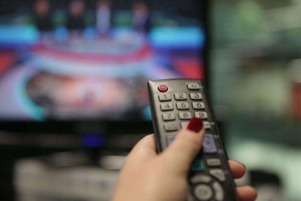 Общество: Англичане заступились — изгнание русского языка из телеэфира Латвии слегка отложили