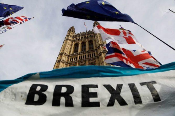 Общество: Более 50% жителей Великобритании разочаровались в Brexit