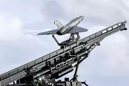 Общество: В Британии запустили беспилотник с авианосца