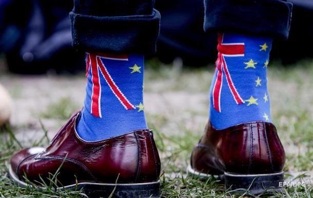 Общество: Британцы негативно оценили процесс Brexit