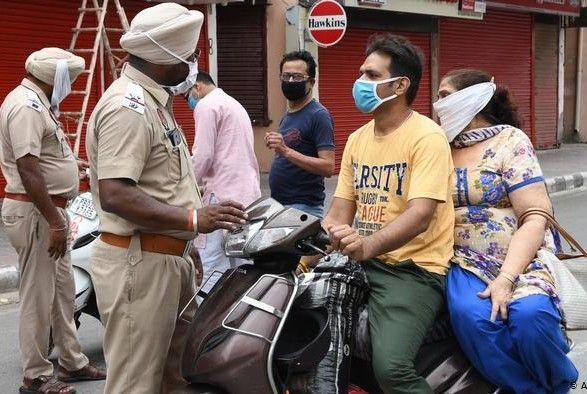 Общество: Индия вводит карантин требования к гражданам Великобритании