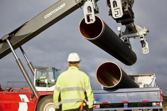 Общество: Британцы обвинили ЕС в росте цен на газ из-за кризиса в отношениях с Россией