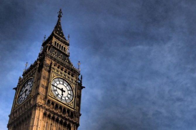 Общество: Министр обороны Великобритании пригрозил кибератаками враждебным странам