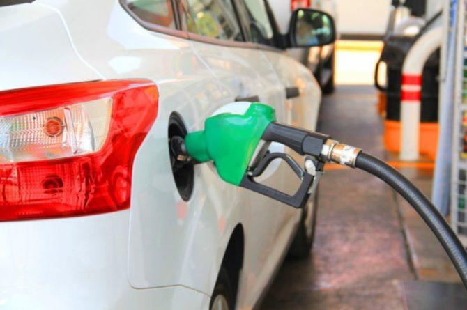 Общество: Военные начали доставку топлива на АЗС в Великобритании