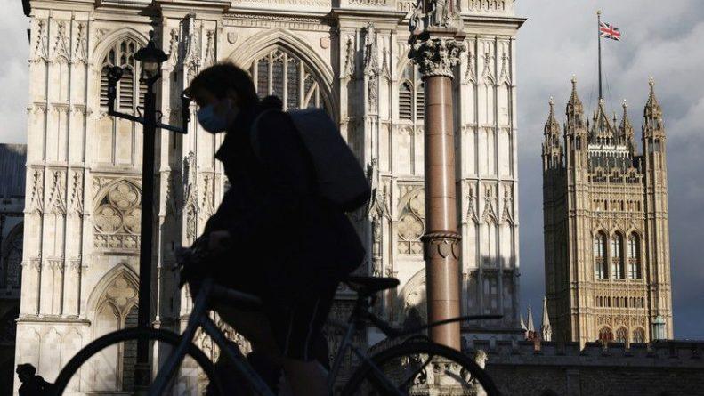 Общество: Число случаев коронавируса в Британии превысило 7,9 млн