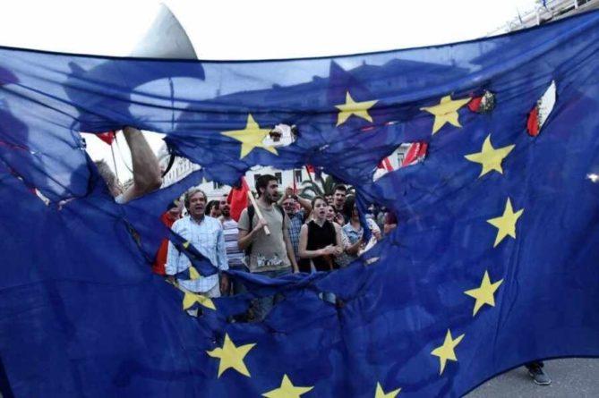 Общество: «Евросоюз разделен и слаб»: в Британии отметили беспомощность Европы перед Россией