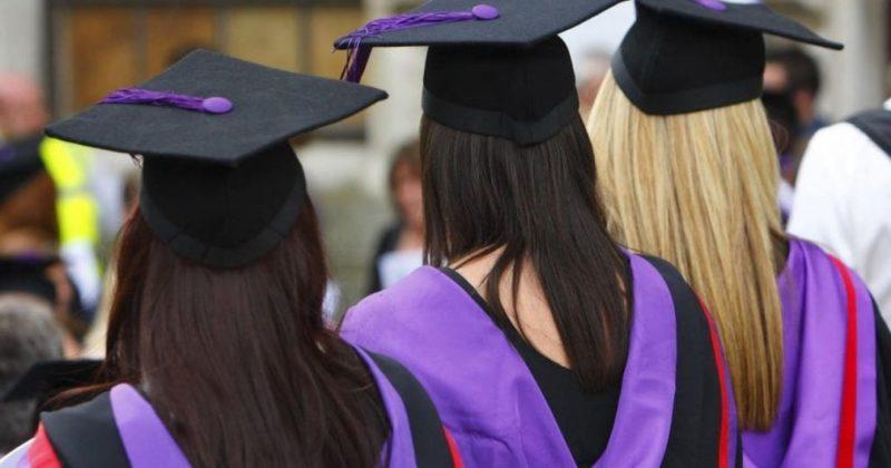 Общество: В Великобритании запретят студентам покупать сочинения