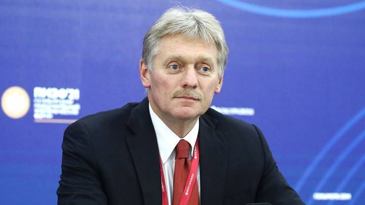 Общество: Песков назвал популизмом заявление Британии о намеренном ограничении экспорта газа Россией