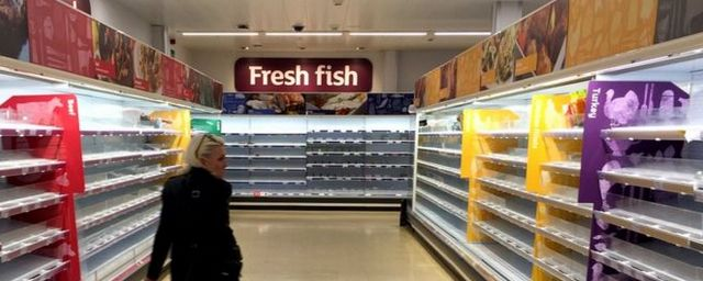 Общество: Вслед за дефицитом бензина Британия столкнулась с нехваткой продуктов