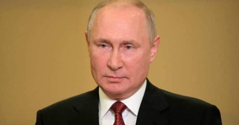 Общество: Британцы попросили Путина спасти их от Джонсона