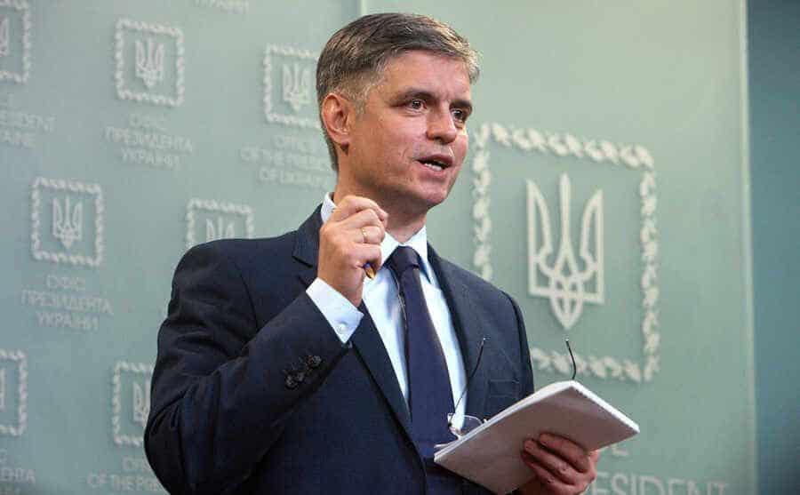 Британия пообещала Украине ракетное оружие и военные корабли