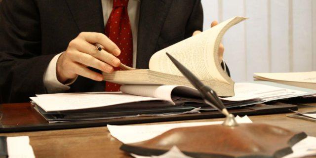 Предлагаем услуги иммиграционного адвоката