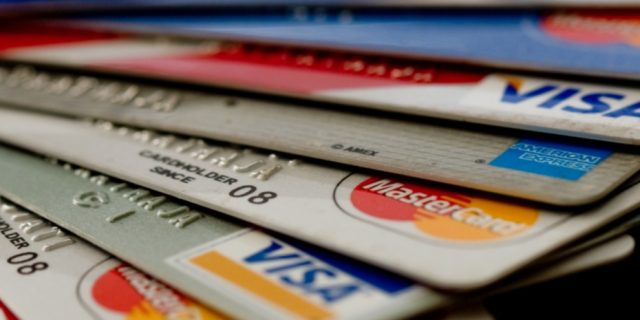 Нужны люди для обналичивания кредитных карт