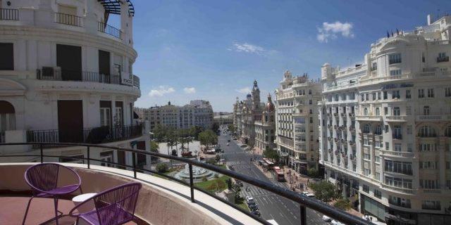 Предлагаем недвижимость в Валенсии на взаимно выгодных условиях.